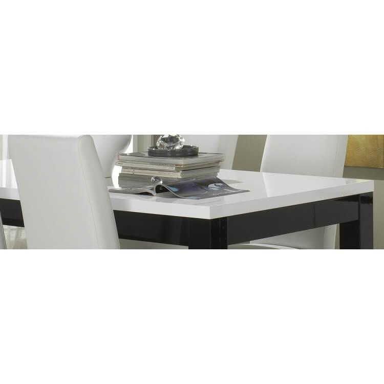 table de salle manger design laqu e blanche et noire krista matelpro. Black Bedroom Furniture Sets. Home Design Ideas