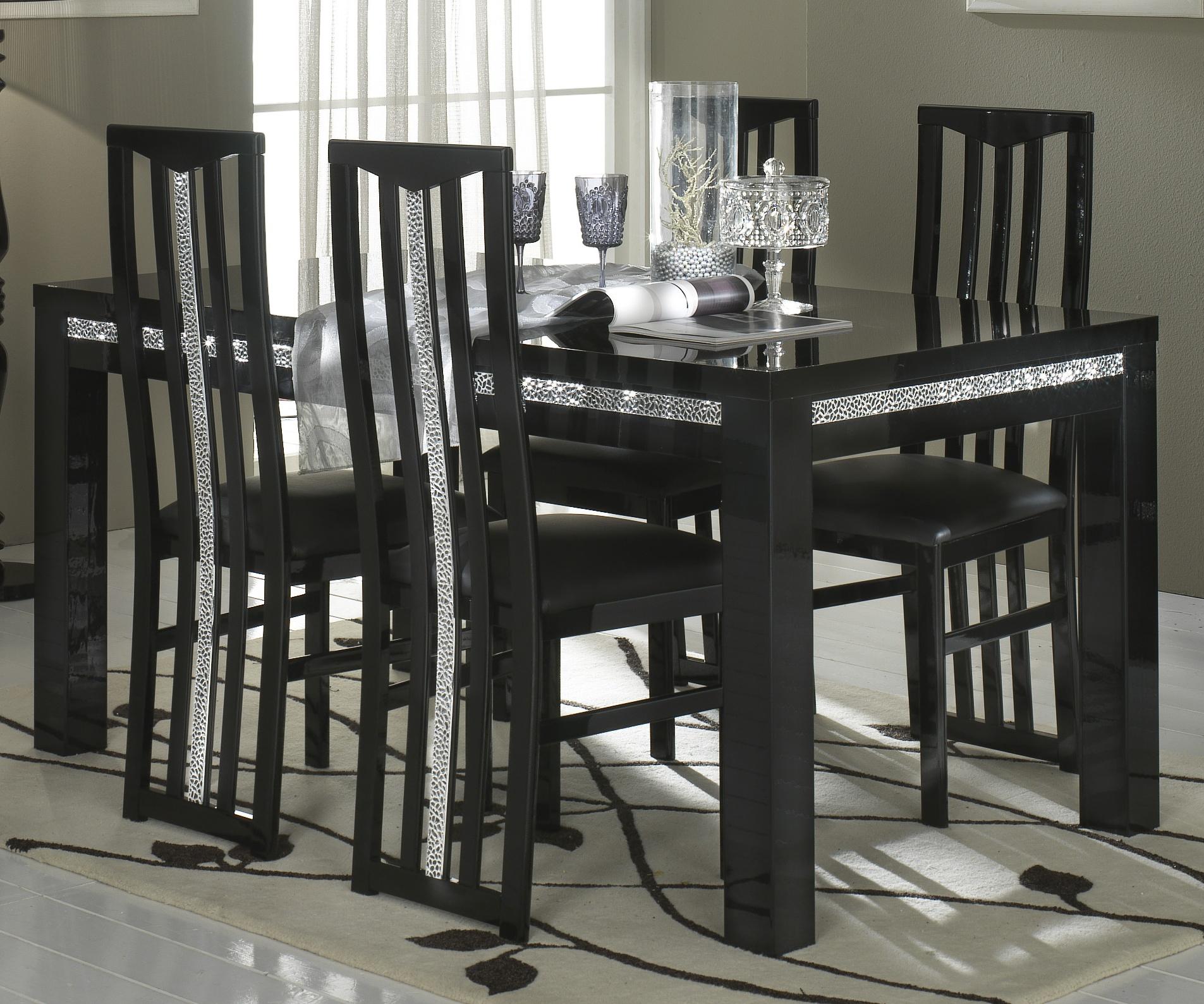 Table de salle à manger design laquée noire Melvine