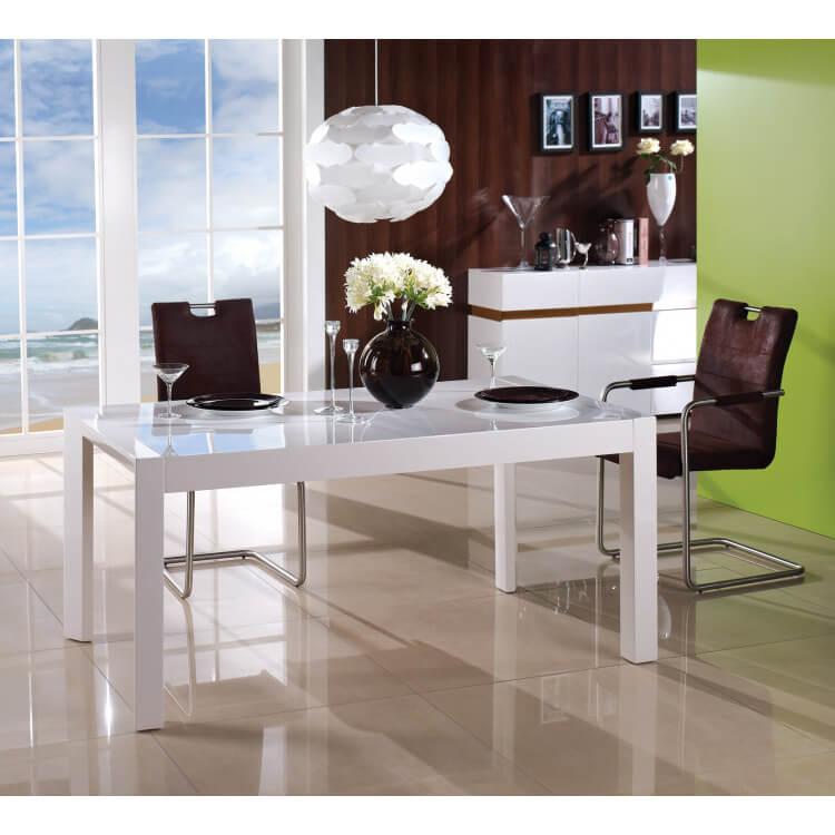 table de salle manger design extensible en bois blanc braga. Black Bedroom Furniture Sets. Home Design Ideas