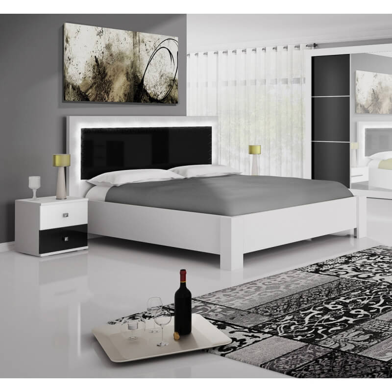 chambre adulte design blanche et noir traviata matelpro. Black Bedroom Furniture Sets. Home Design Ideas