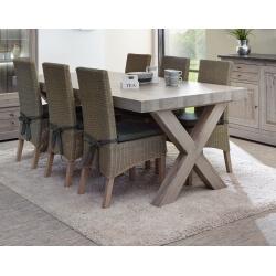 Table de salle à manger contemporaine coloris chêne naturel Bogotta II