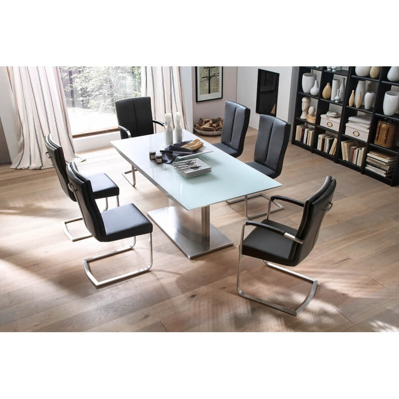 table de salle manger design extensible laqu e blanche. Black Bedroom Furniture Sets. Home Design Ideas