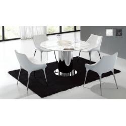 Ensemble table et chaises design Tanya