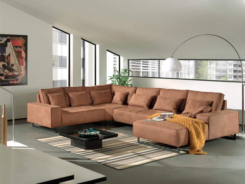 Canapé d'angle panoramique design en tissu brun Claudelle