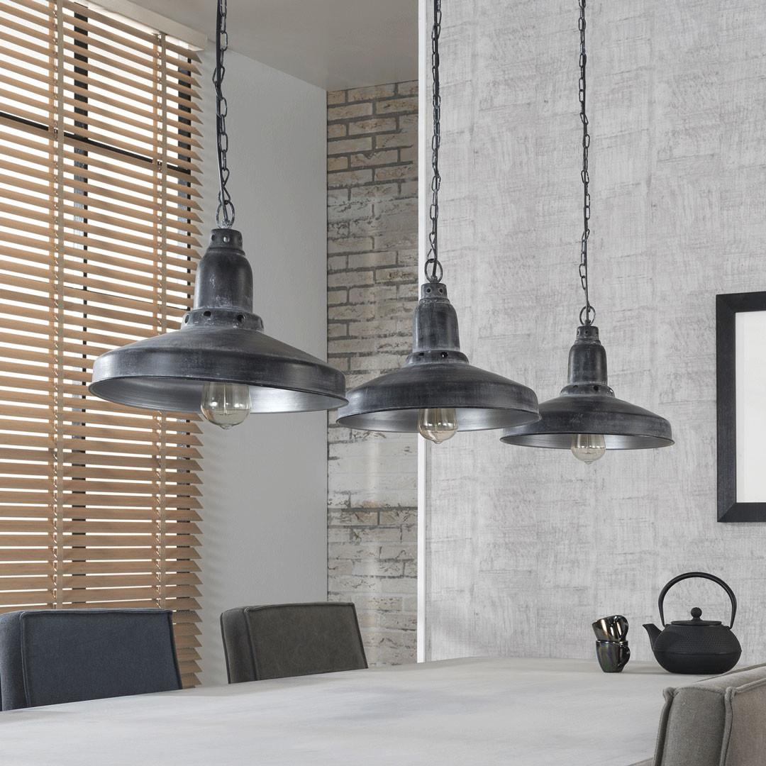 lustre industriel en m tal gris 3 lampes romane matelpro. Black Bedroom Furniture Sets. Home Design Ideas