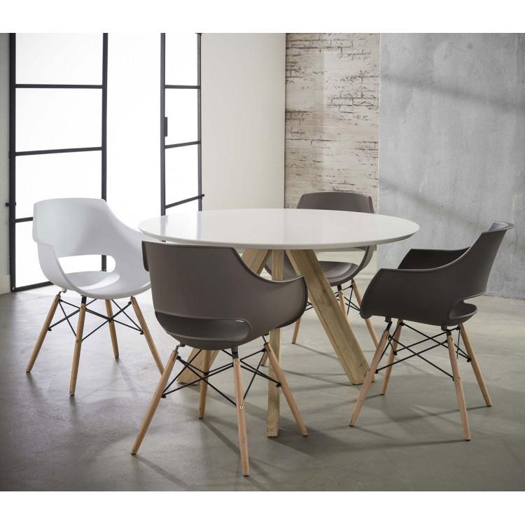 Lot de 4 chaises design en PP avec piètement en bois Bertha