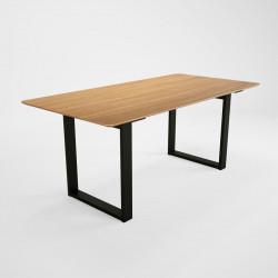 Table de salle à manger moderne en chêne massif Elias