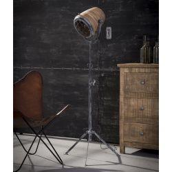 Lampadaire industriel en métal gris avec abat-jour en bois Ernest