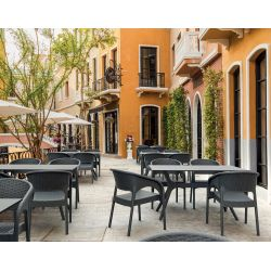Fauteuil de restaurant moderne pour extérieur (lot de 4) empilable en polypropylène Rasmus
