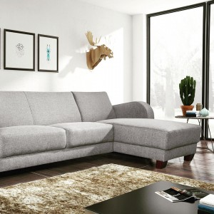Un canap dangle confortable et cosy pour vos moments dehellip