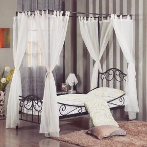 Dcouvrez le lit  baldaquin romantique et royal Avis auxhellip