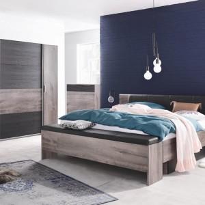Une ambiance propice au repos avec cette chambre  coucherhellip