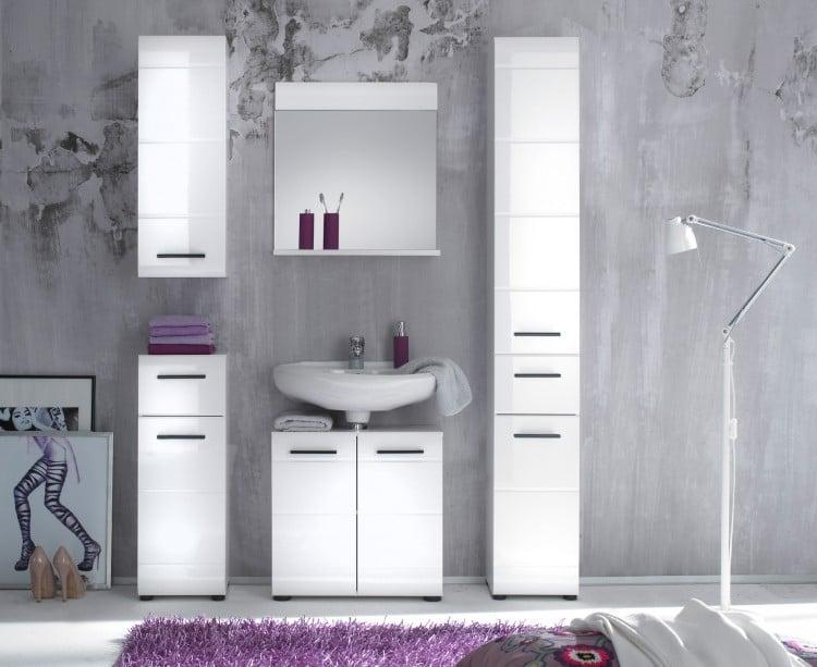salle de bain organisée