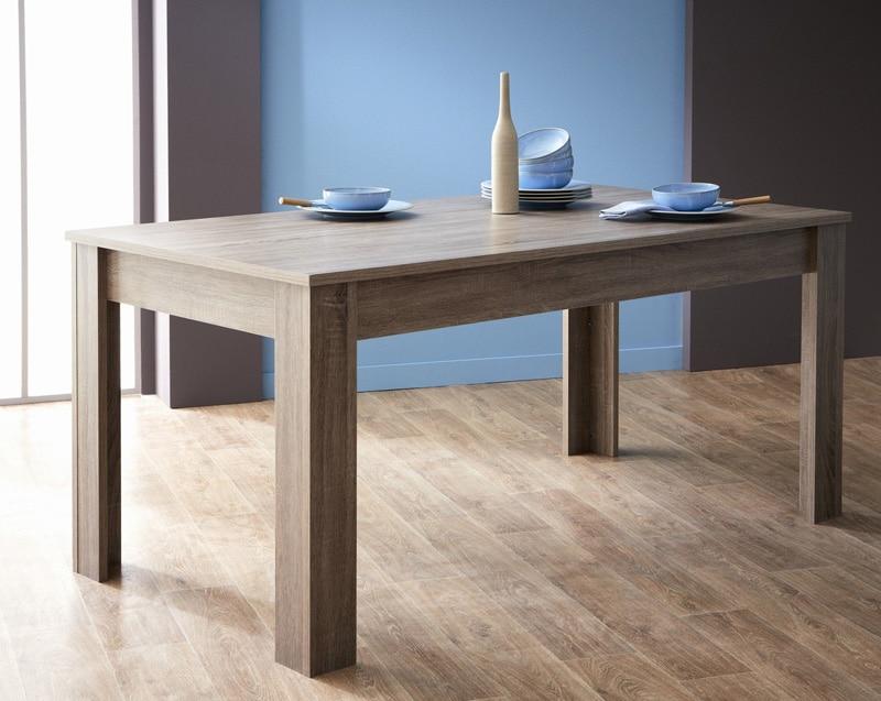 la table à manger pratique et chaleureuse