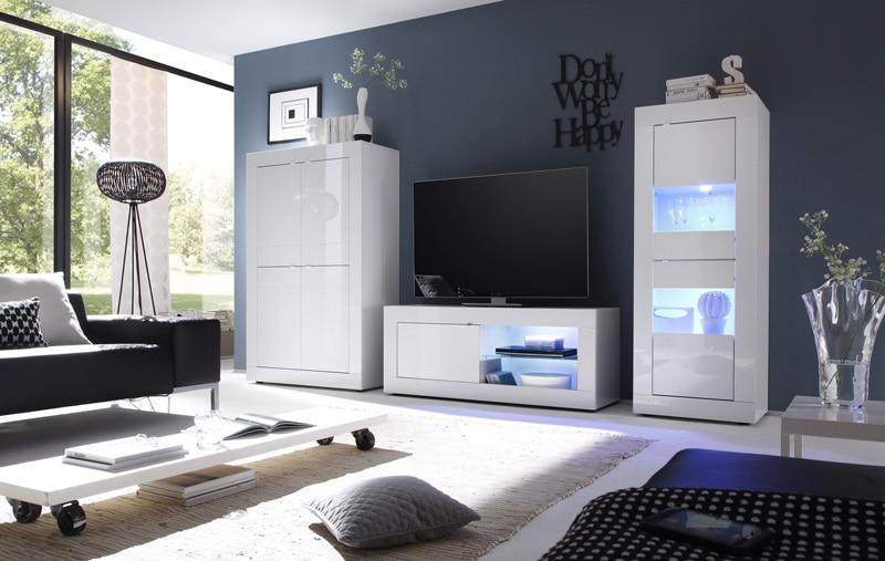 un salon design et blanc