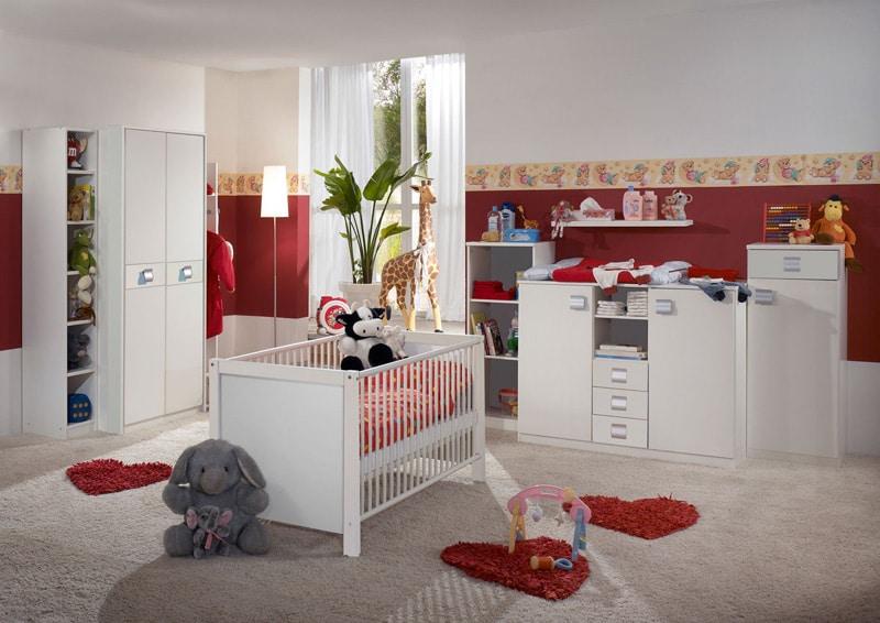 chambre pour bébé lit armoire commode