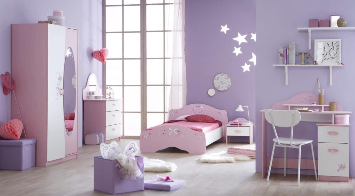 Chambre-enfant-complète-contemporaine-rose-et-blanche-Melusine